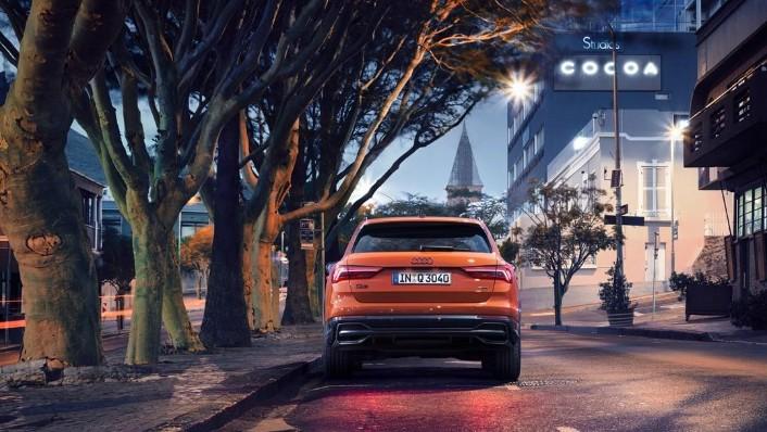 Audi Q3 advanced 1.4 TFSI S Exterior 010