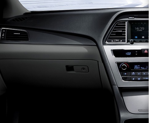 Hyundai Sonata (2017) Interior 006