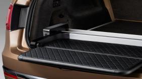 Bentley Bentayga (2018) Exterior 002