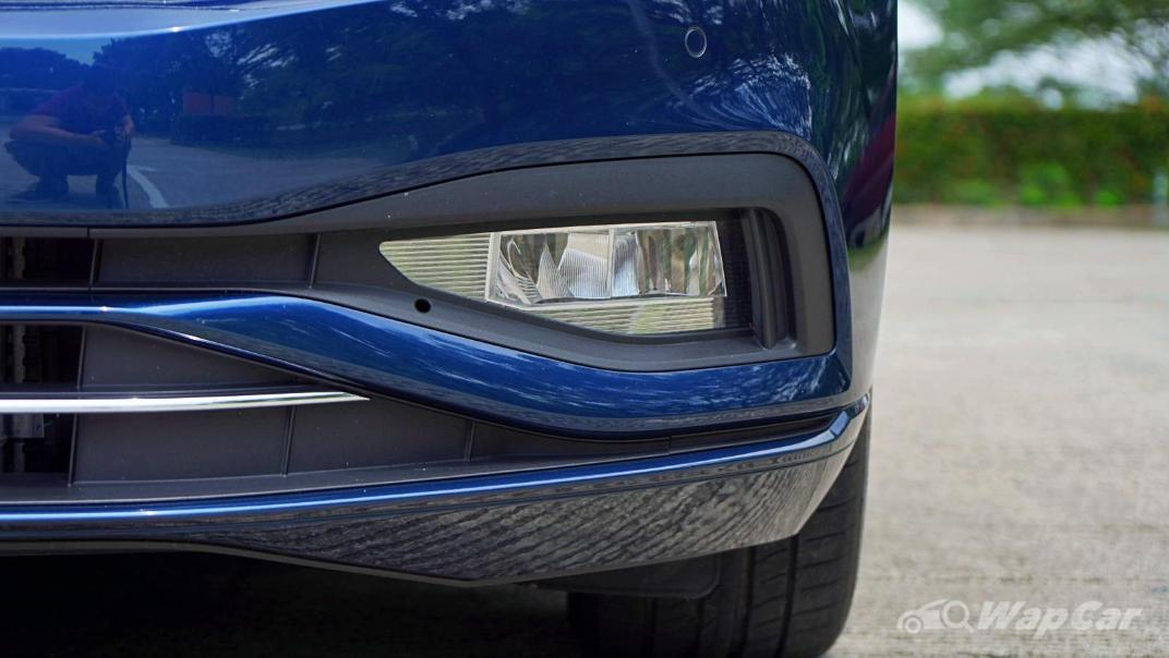 2020 Volkswagen Passat 2.0TSI Elegance Exterior 011