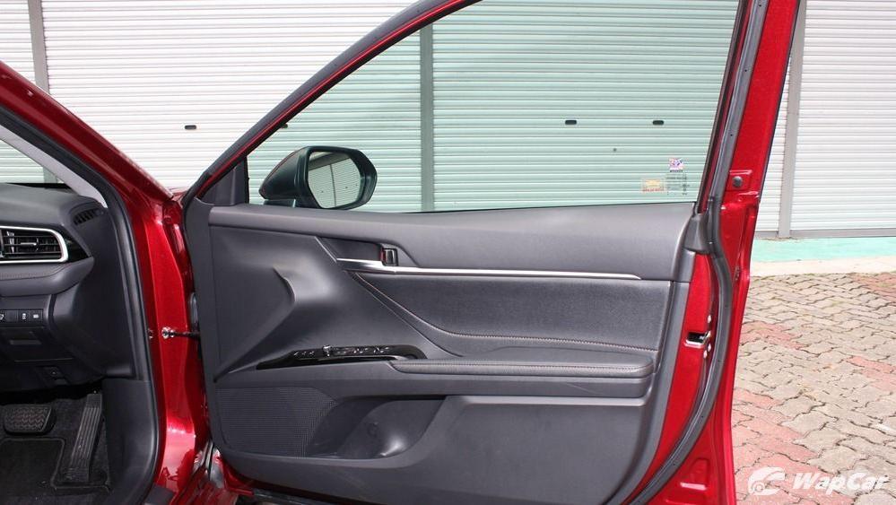 2019 Toyota Camry 2.5V Interior 055