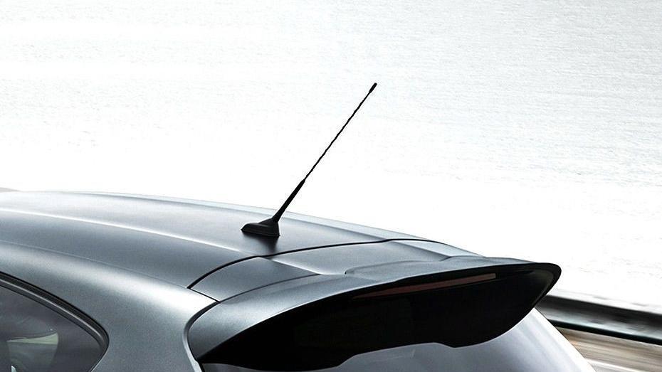 Peugeot 208 GTi (2018) Exterior 009
