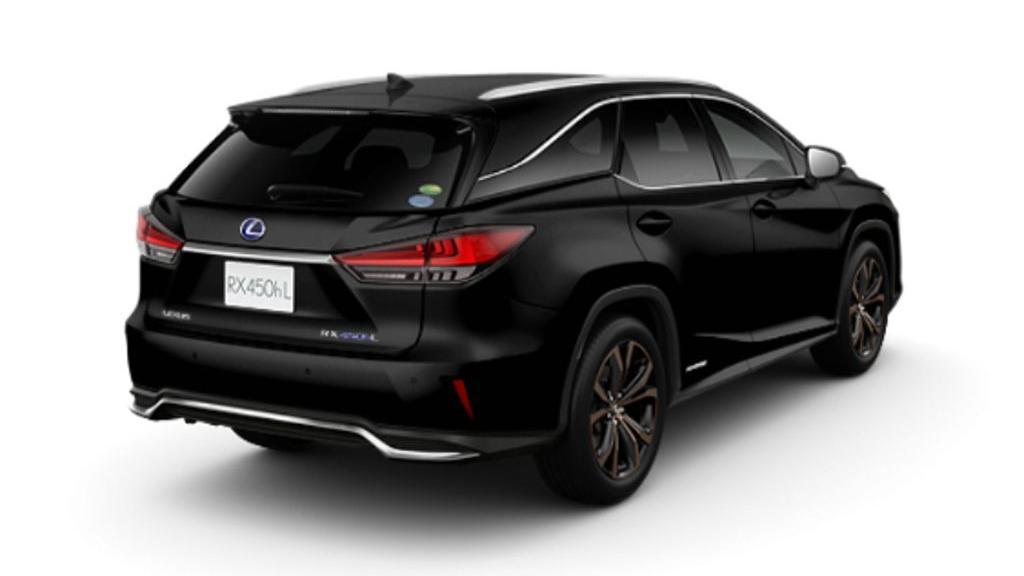 Lexus RX (2019) Exterior 005