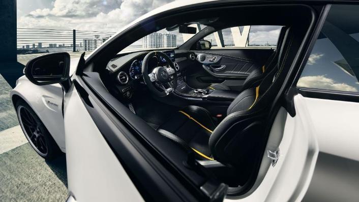 2018 Mercedes-Benz AMG C-Class Coupe C 63 S Interior 005