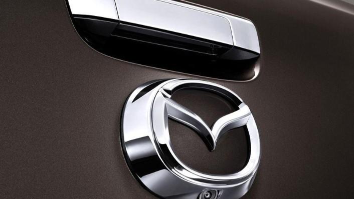 Mazda BT-50 (2018) Exterior 007