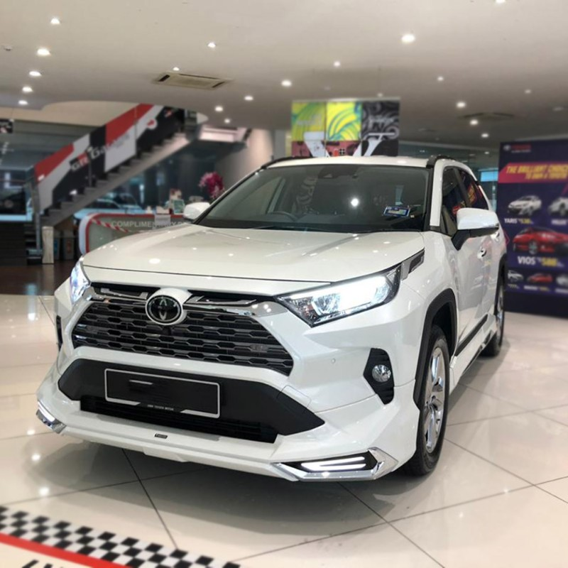 Make your Toyota RAV4 stand out with this Modellista Aero Kit in Malaysia! 02