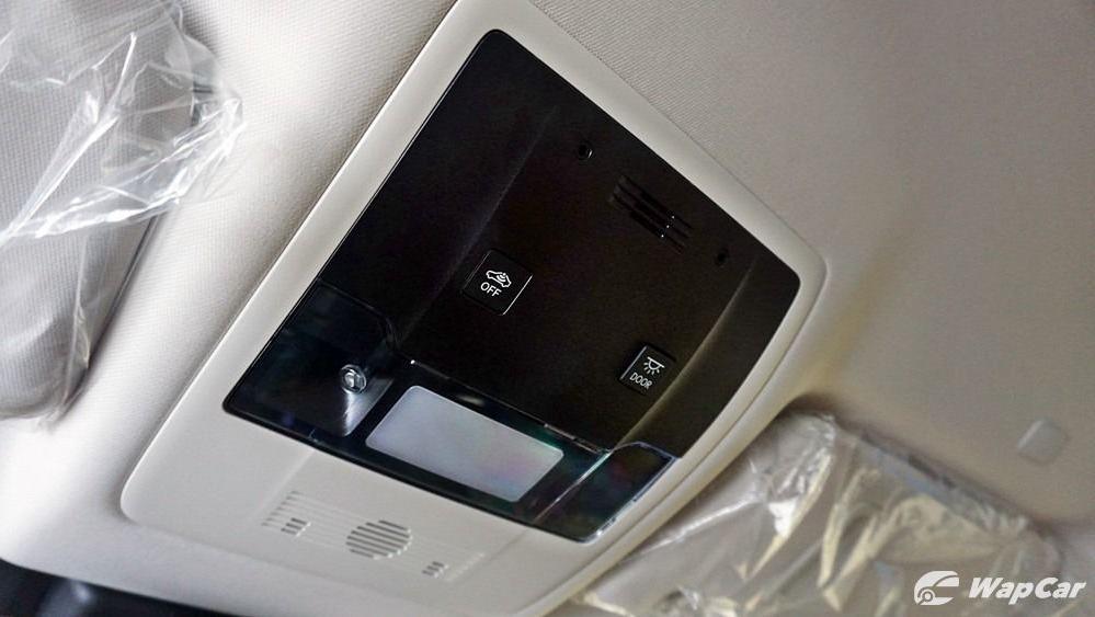 2020 Lexus UX 200 Luxury Interior 075