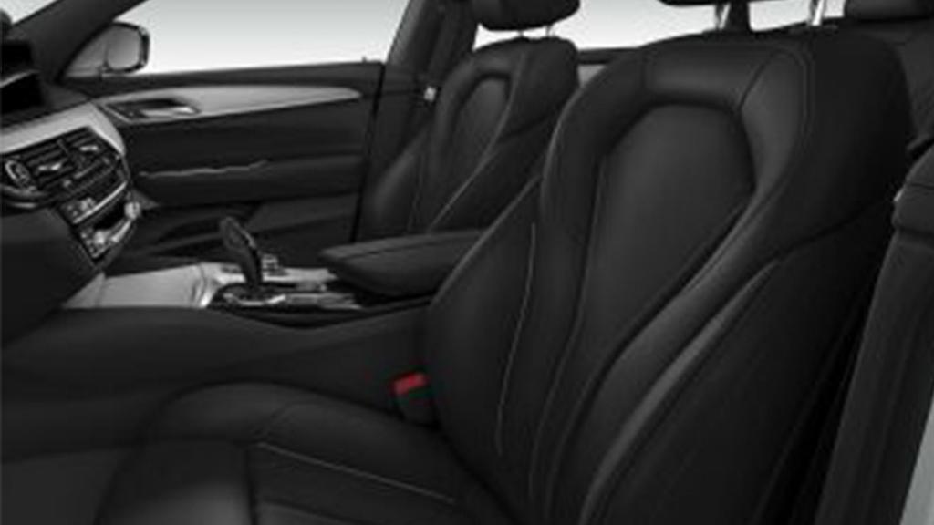 BMW 6 Series GT (2019) Interior 015