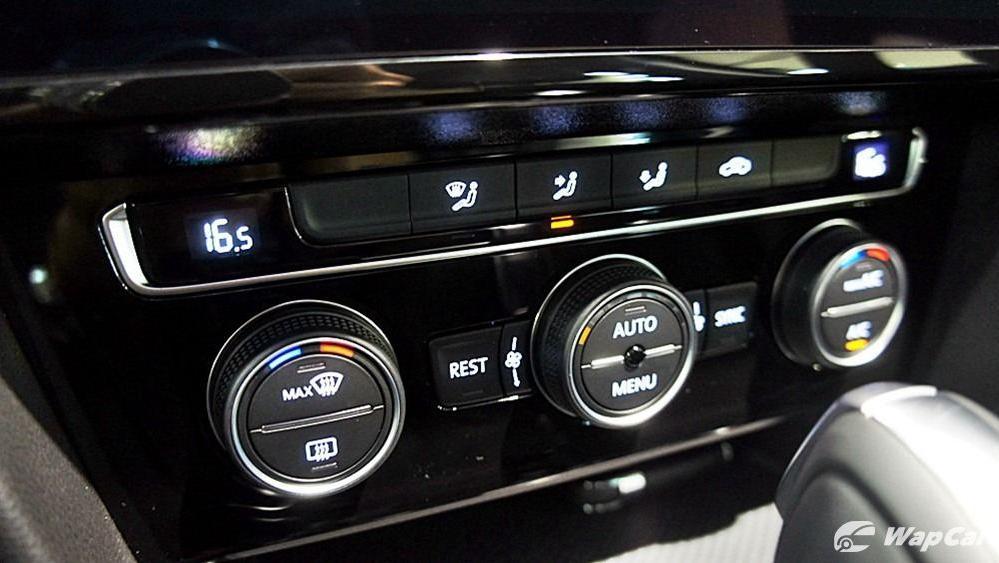 2020 Volkswagen Passat 2.0TSI Elegance Interior 100