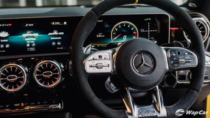 2020 Mercedes-Benz AMG A45 S Interior 004