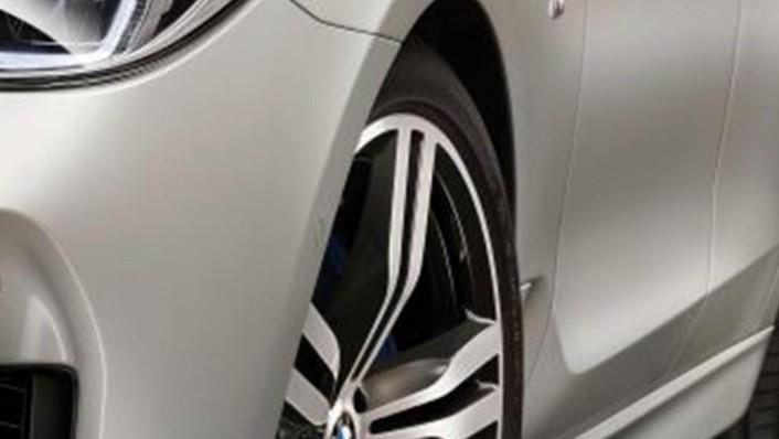BMW 6 Series GT (2019) Exterior 009