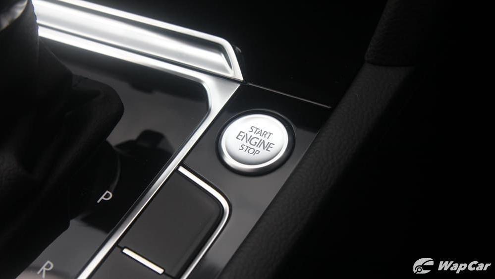 2018 Volkswagen Passat 2.0 TSI Highline Interior 020