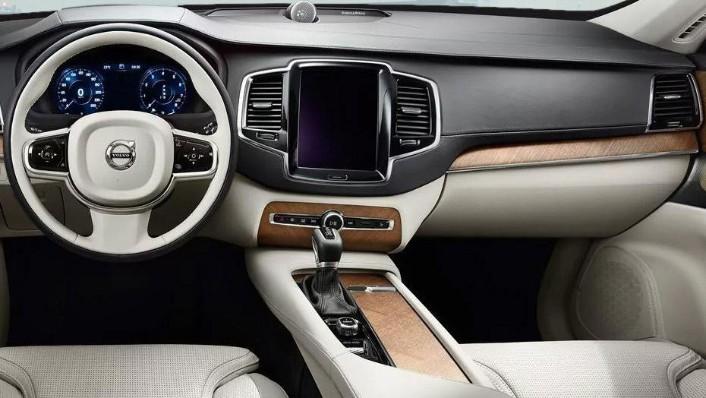 Volvo XC90 (2018) Interior 001