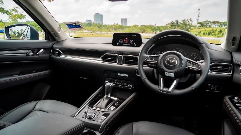 2019 Mazda CX-5 2.5L TURBO Interior 002