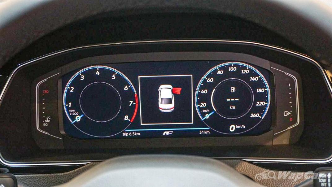 2020 Volkswagen Passat 2.0TSI R-Line Interior 034