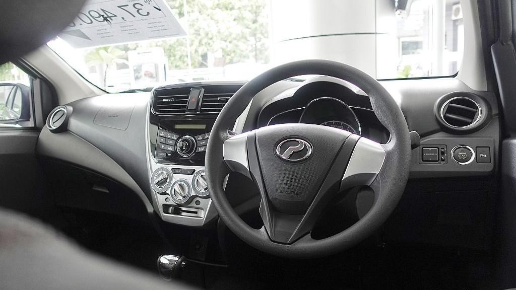 2018 Perodua Axia SE 1.0 AT Interior 006
