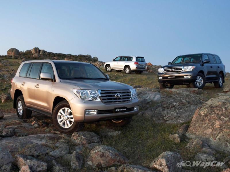 All-new 2021 Toyota Land Cruiser 300 to debut next year 02