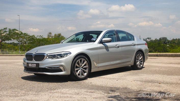 2019 BMW 5 Series 520i Luxury Exterior 001