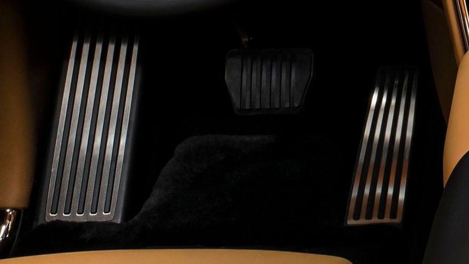 2018 Rolls-Royce Cullinan Cullinan Interior 015