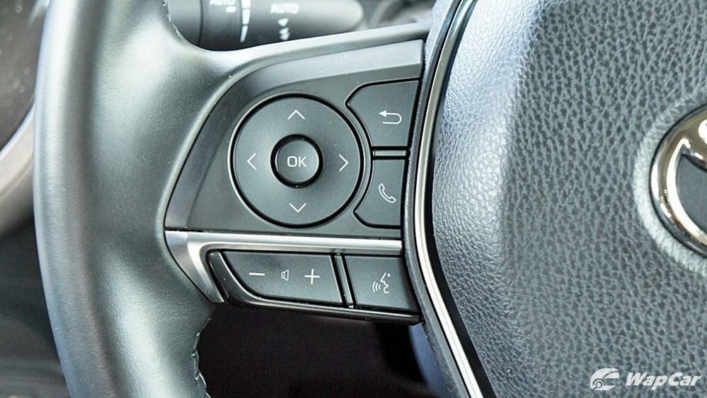 2019 Toyota Camry 2.5V Interior 077
