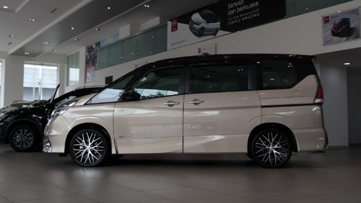 2018 Nissan Serena S-Hybrid Highway Star 2.0 Exterior 003