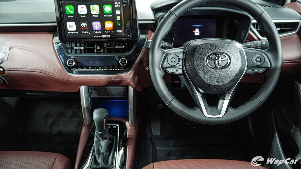 2020 Toyota Corolla Cross Interior 005