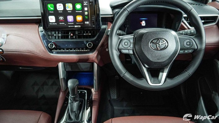 2020 Toyota Corolla Cross Interior 005