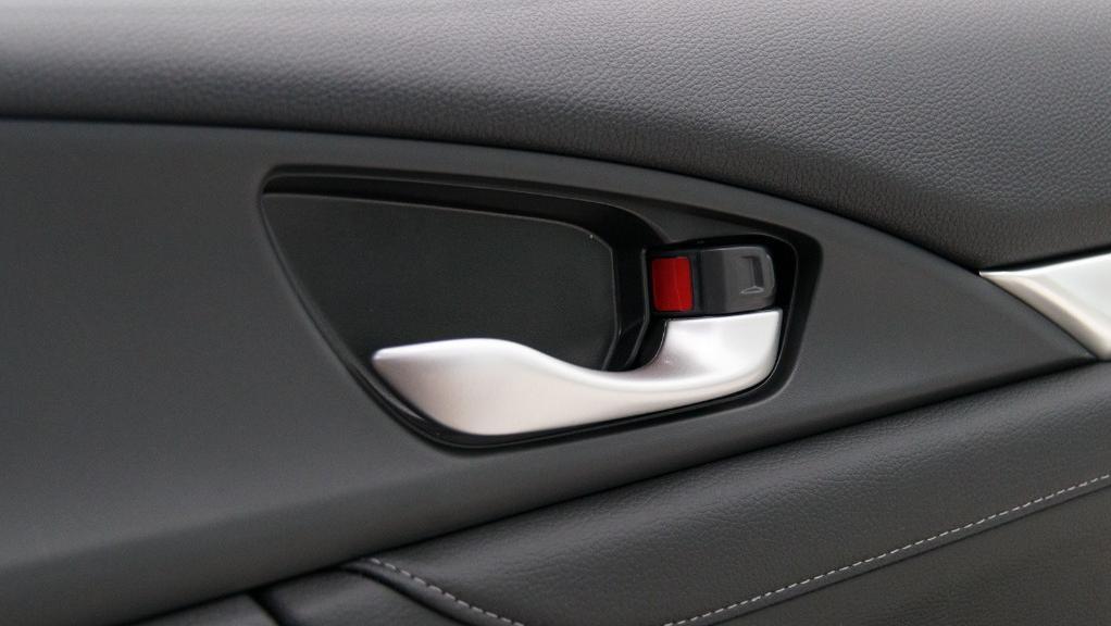2018 Honda Civic 1.5TC Premium Interior 053