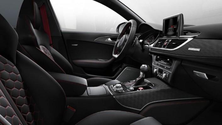 2020 Audi RS6 Avant Interior 004