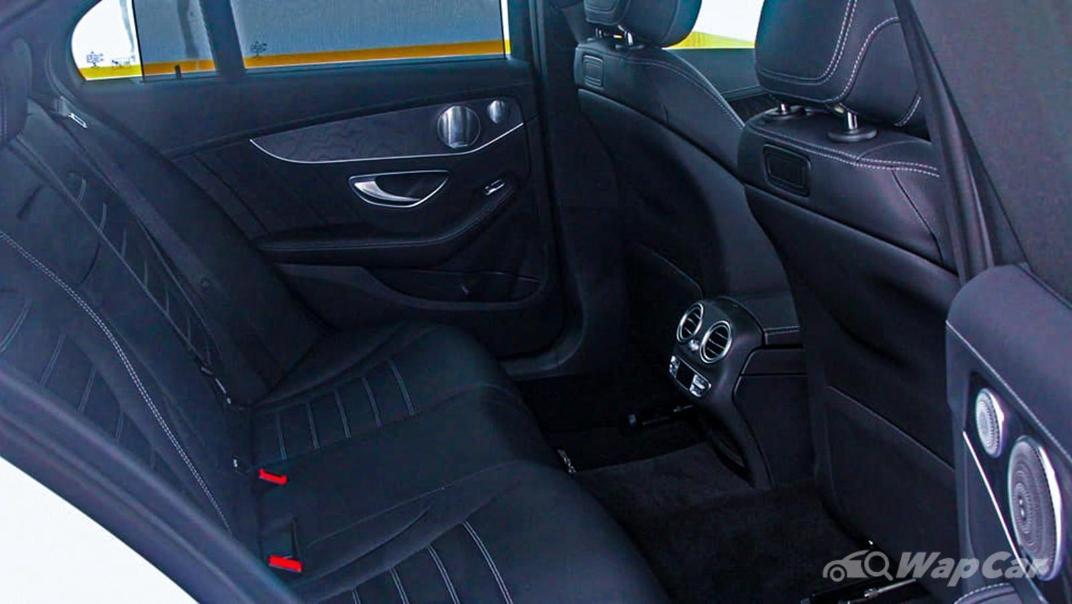 2018 Mercedes-Benz C-Class C 300 AMG Line Interior 048