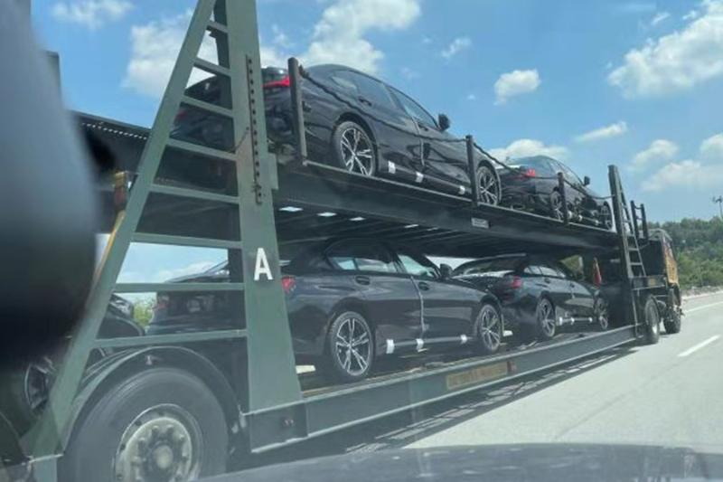 Spied: 2021 BMW 330 Li spotted on a trailer, are they Malaysia- or Thailand-bound? 02