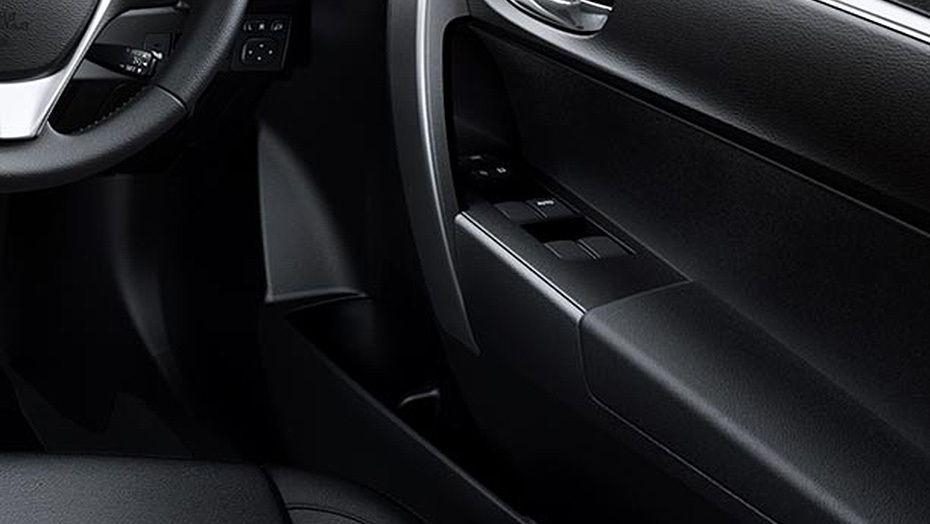 Toyota Corolla Altis (2018) Interior 009