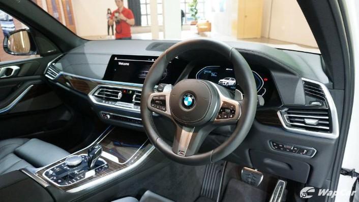 2020 BMW X5 xDrive45e M Sport  Interior 002