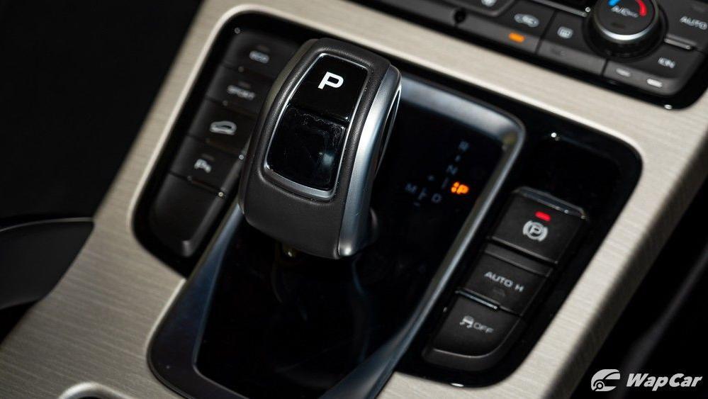 2020 Proton X70 1.8 Premium 2WD Interior 027