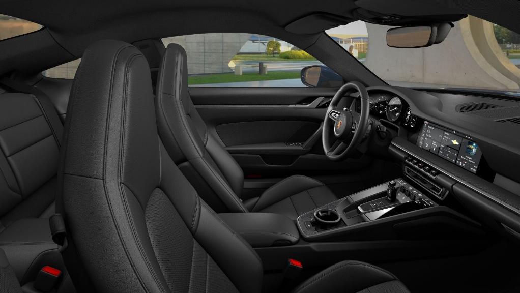 2019 Porsche 911 Carrera 4S Interior 002
