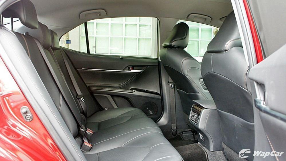 2019 Toyota Camry 2.5V Interior 103