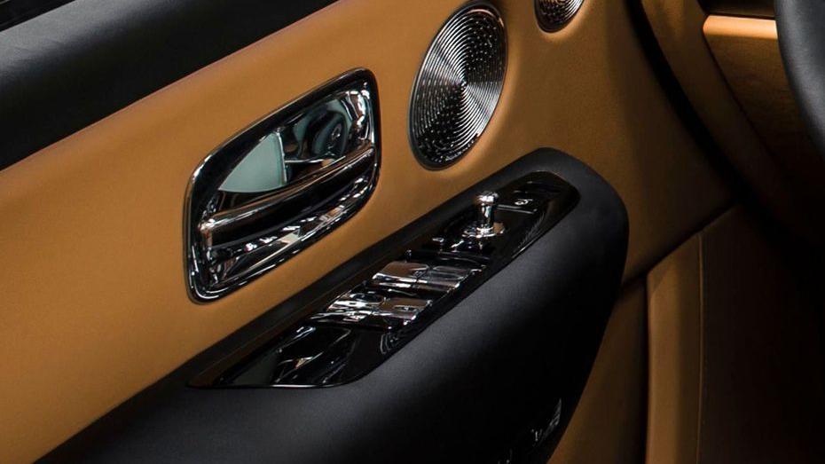 2018 Rolls-Royce Cullinan Cullinan Interior 017