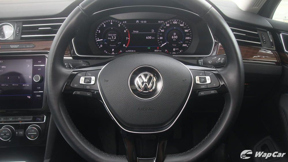 2018 Volkswagen Passat 2.0 TSI Highline Interior 008