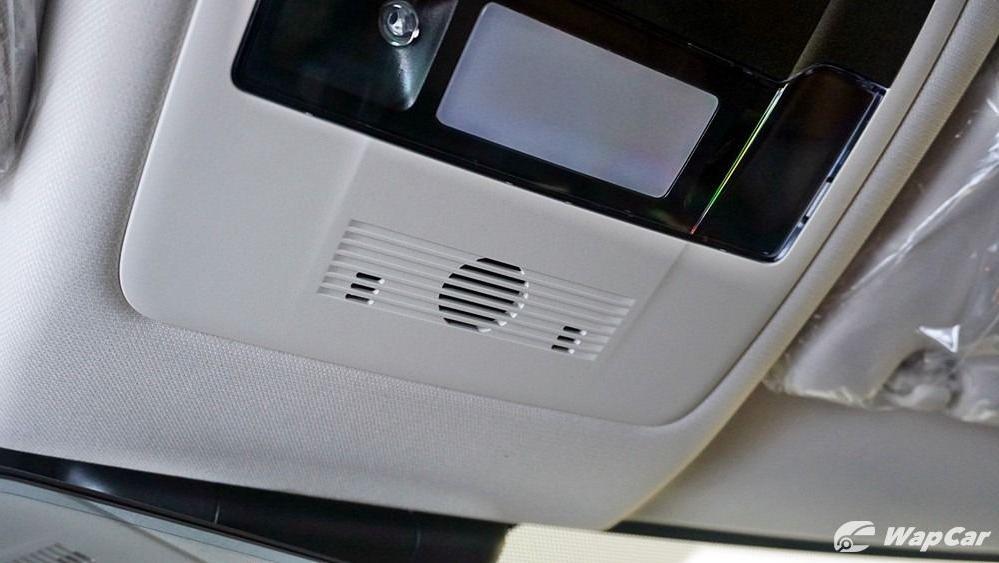 2020 Lexus UX 200 Luxury Interior 076