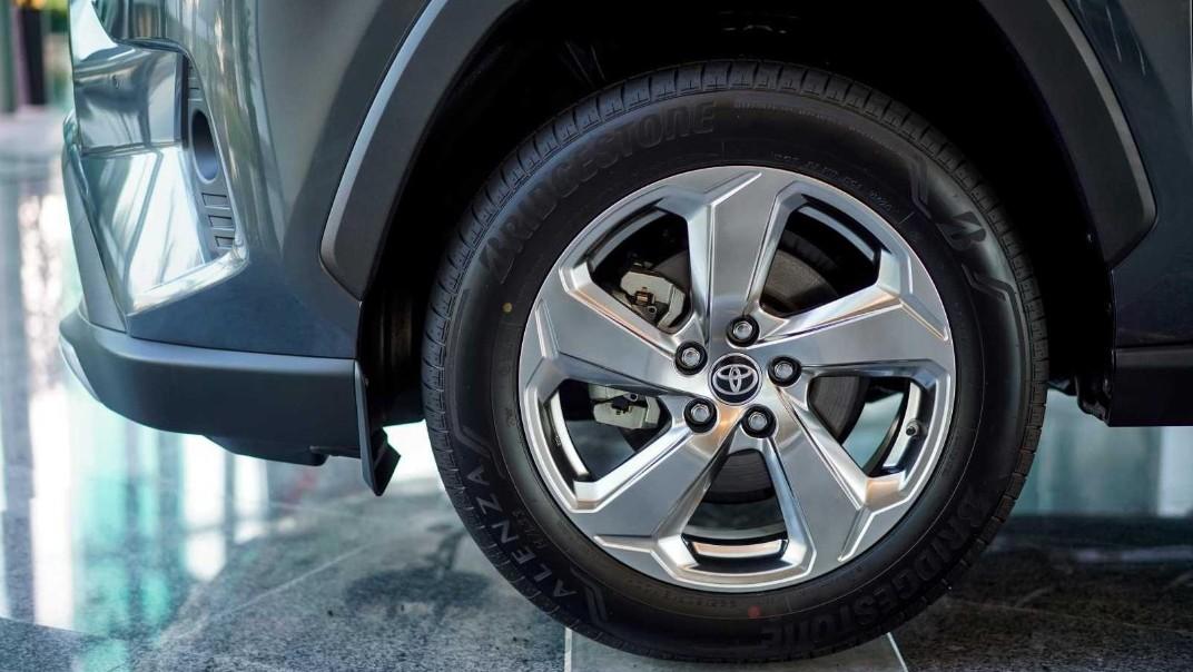 2020 Toyota RAV4 2.5L Exterior 067
