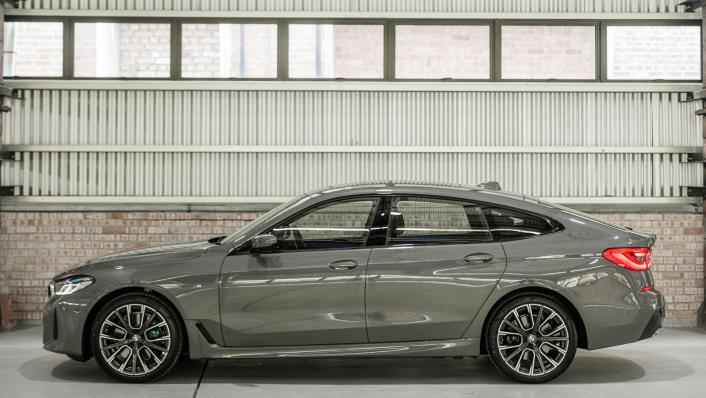 2021 BMW 6 Series GT 630i M Sport Exterior 005