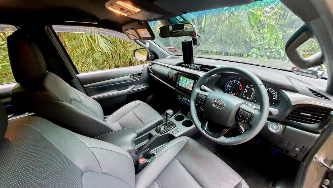 2020 Toyota Hilux Double Cab 2.8 Rogue AT 4X4 Interior 101