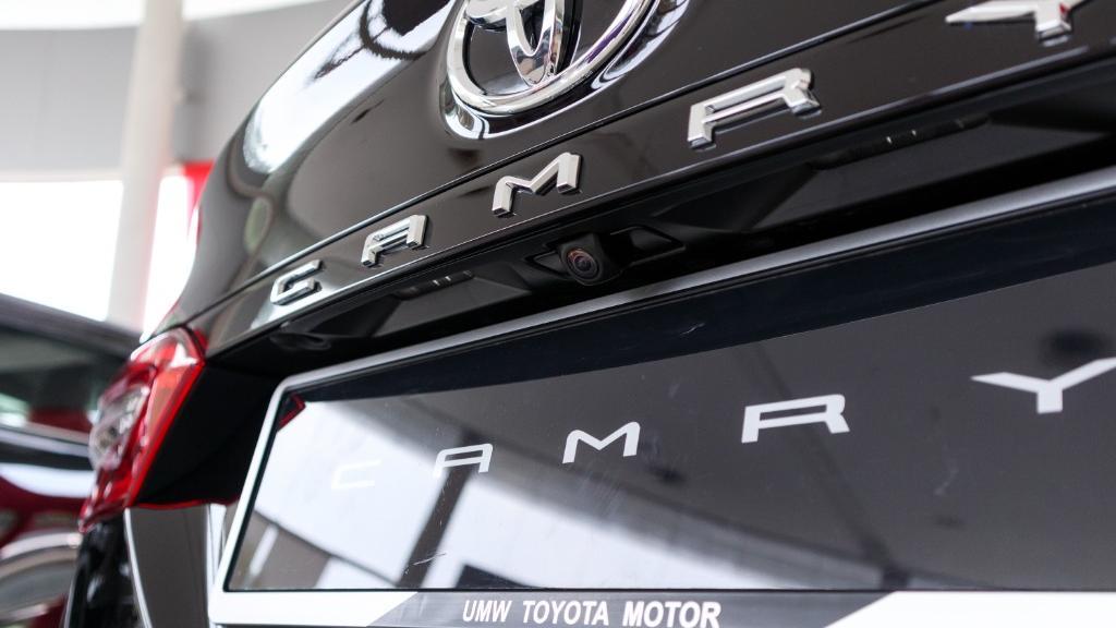2019 Toyota Camry 2.5V Exterior 019