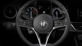 Alfa Romeo Giulia (2019) Exterior 014