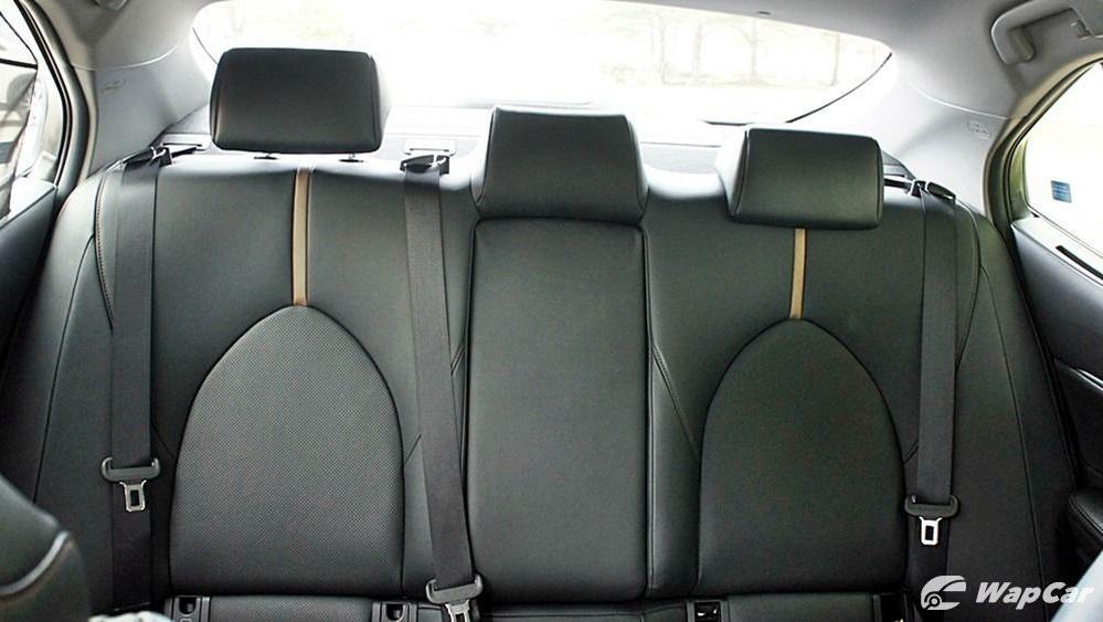 2019 Toyota Camry 2.5V Interior 113
