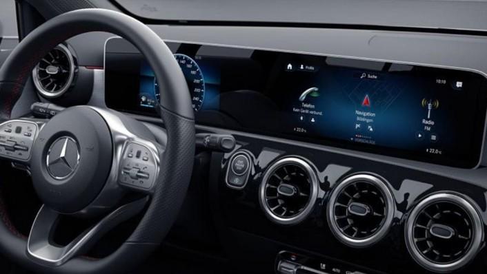 2019 Mercedes-Benz A200 Sedan Progressive Line Interior 002
