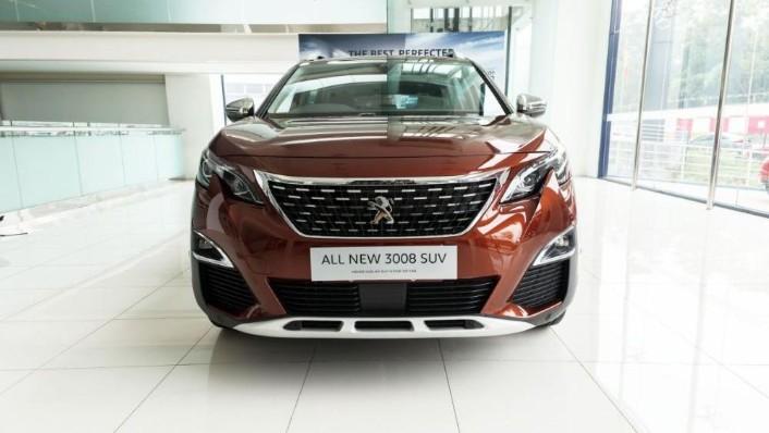 2019 Peugeot 3008 THP Plus Allure Exterior 002