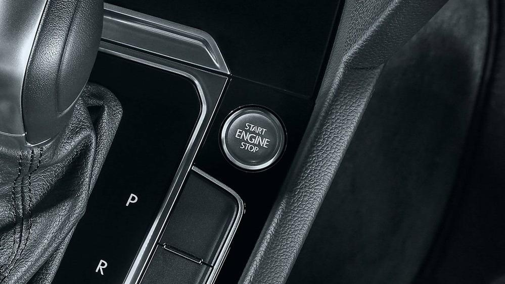 2020 Volkswagen Passat 2.0TSI Elegance Interior 104