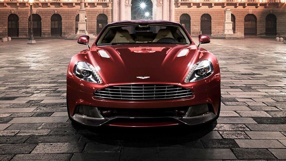 Aston Martin Vanquish (2018) Exterior 002