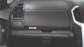 Isuzu D-MAX (2019) Exterior 005